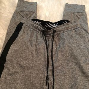 MEN AMERICAN EAGLE JOGGER SWEATPANTS